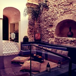 the-riad-tarifa-patio-7